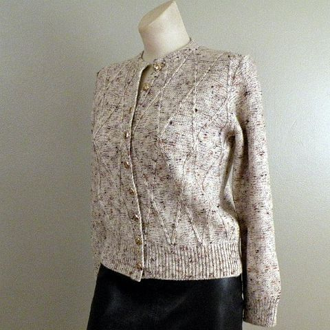 70s,80s,Rustic,Winter,ST,JOHN,Sweater,Small,1970s, 70s, 1980s, 80s, vintage, St. John, Saks Fifth Avenue, sweater, wool, oatmeal, pebbled, speckled, brown, rust, harlequin, diamond, knit, signed, prettysweetvintage, sweetiepievintage, sweetie pie vintage