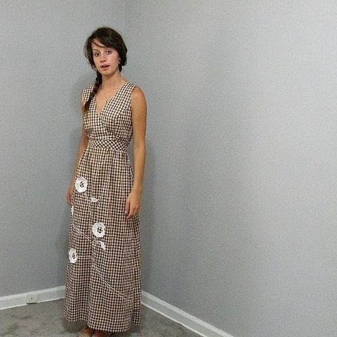 70s,Brown,Gingham,Swirl,Maxi,Long,Dress,34b/27w,1970s, 70s, vintage, brown gingham, gingham, swirl, swirl brand, maxi, long, dress, summer, eyelet, appliques, Concept 70s, prettysweetvintage, sweetiepievintage, sweetie pie vintage