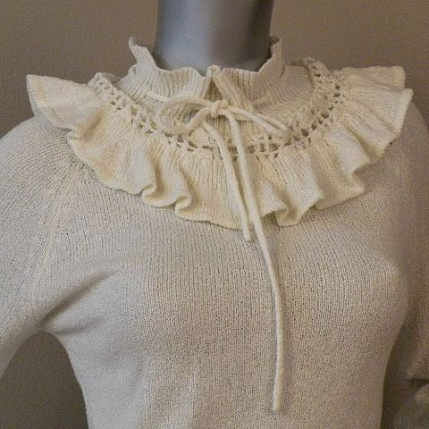 SALE,-,WAS,$38.00!,70s,Winter,Frills,Sweater,36b, 1970s, vintage, womens, apparel, sweater, top, autumn, winter, cream, Santana, St. John, Donnkenny, victorian, frilly, drawstring, prettysweetvintage, sweetiepievintage, sweetie pie vintage