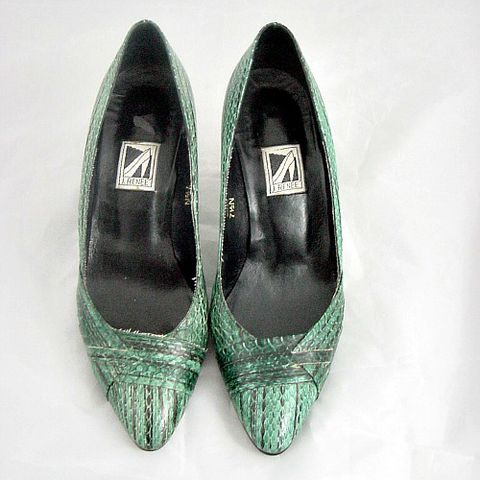 80's,J,RENEE,Green,Reptile,Snake,Shoes,7.5,1980's, 80's, vintage, J Renee, green, reptile, snake, snakeskin, shoes, heels, high heels