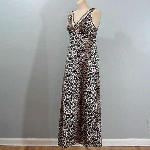 60s,70s,Vanity,Fair,Long,Leopard,Print,Nightgown,Small/Medium,1960s, 60s, vintage, lingerie, nightgown, gown, Vanity Fair, leopard, tricot, nylon, Mrs. Robinson, pleasurequeen