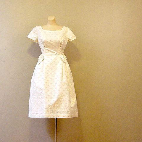 60s,Cream,Puff,Party,Dress,34b/26w,1960s, 60s, vintage, dress, frock, party, wedding, hand-tailored, cotton, embroidery, roses, eyelet, sweetheart, bows, full skirt, pellon, satin, hand-set, mad men, prettysweetvintage, pretty sweet vintage, sweetie pie vintage, sweetiepievintage