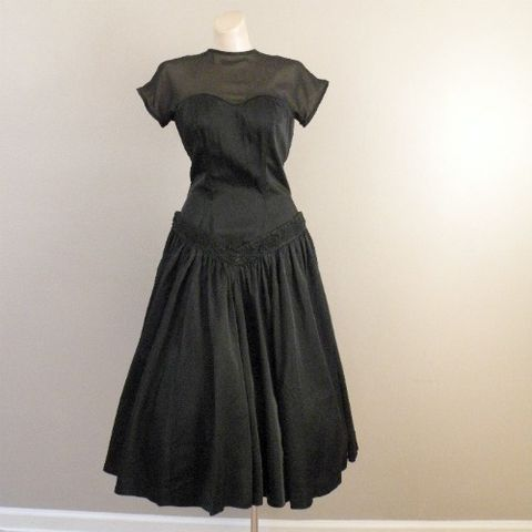 50s,Black,Satin,Drop,Waist,Dress,34b/28w,1950s, 50s, vintage, dress, party, costume, satin, slipper, black, full skirt, illusion, lace, applique, sweetheart, princess seams, dropped waist, prettysweetvintage, pretty sweet vintage, sweetiepievintage, sweetie pie vintage