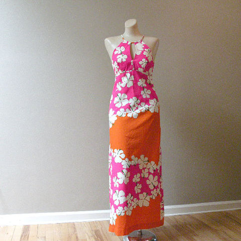 70s,Made,in,Hawaii,Hibiscus,Halter,Dress,34b/28w, 1970s, vintage, hawaiian, hibiscus, halter, empire, maxi, barkcloth, dress, long, sexy, lei, sweetiepievintage, sweetie pie vintage, made in Hawaii