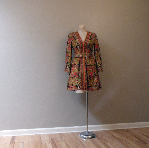 60s,70s,Perlberg,Paisley,Party,Dress,Small,Vintage,Clothing,fred_perlberg,roger_milot,hippie_chic,paisley,psychedelic,rhinestones,party,boho,mini,designer,vfg,wool,wool_blend,metal_discs,plastic_zipper, prettysweetvintage, sweetiepievintage, sweetie pie vintage