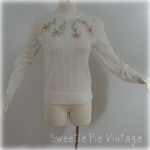70s,Sweetie,Pie,Rosebuds,Sweater,1970s, 70s, vintage, sweater, white, rosebuds, flowers, knit, acrylic, sweetie pie vintage, sweetiepievintage