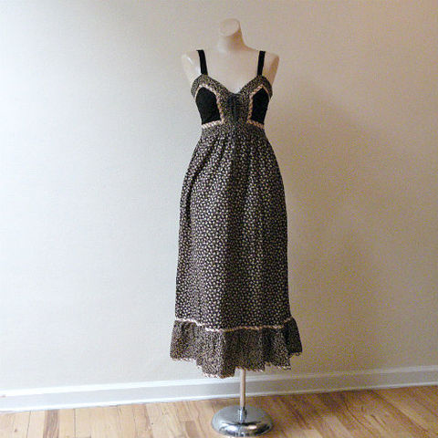 70s,Darling,Clementine,Gunne,Sax,Dress,X-Small,32b/26w,1970s, 70s, vintage, dress, Gunne Sax, corset, midi, long, pockets, flounce, floral, paisley, black, prairie, gothic, sweetiepievintage, sweetie pie vintage