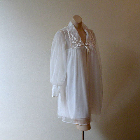 60s,70s,Baby,Soft,Peignoir,Set,Medium,1960s, 60s, 1970s, 70s, lingerie, peignoir set, baby doll, babydoll, robe, gown, Movie Star, white, snow, chiffon, satin, lace, sweetiepievintage, sweetie pie vintage