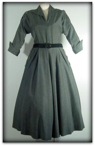 50s,Reich,Gray,Wool,Dress,1950s, 50s, dress, day, wool, gray, designer, full skirt, buttons, sweetiepievintage, sweetie pie vintage