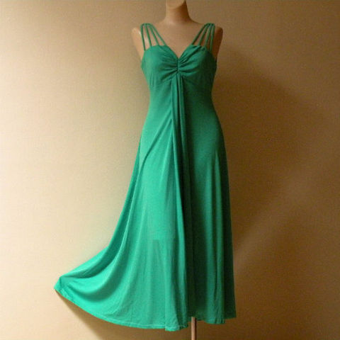 70s,Irish,Green,Disco,Dress,38b/32w,1970s, 70s, vintage, disco, Irish green,, drapey jersey, dress, party, dance, holiday, Christmas, St. Patrick's Day, pretty sweet vintage, sweetiepievintage, sweetie pie vintage