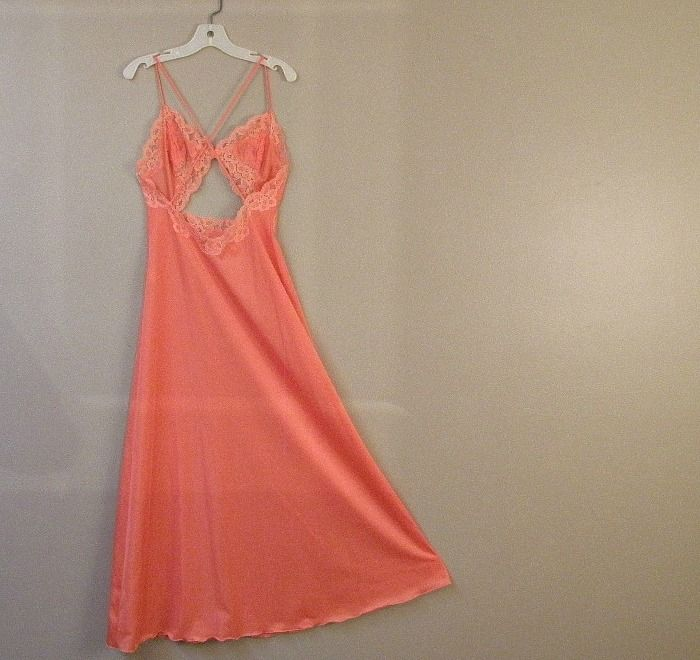 70s Vanity Fair Peach Qiana Gown