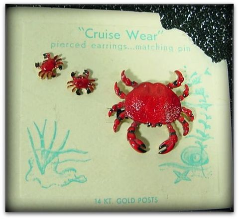 70s,Cruise,Wear,Red,Crab,&,Earrings,Set,1960s, 60s, 1970s, 70s, vintage, jewelry, earrings, pin, brooch, red, crab, collectible, beach, Hawaiian