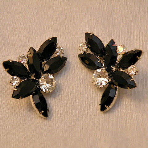 50s,60s,Touch,of,Glam,Jet,and,Rhinestone,Earrings,1950s, 50s, 1960s, 60s, vintage, jewelry, jewellery, earrings, clip back, rhinestones, silver, white, jet, ice, marquise, chaton, crescent, big, black, prong set, silver tone, glamorous