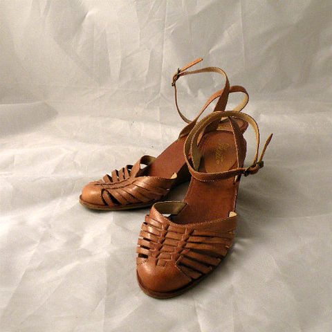 70s,Huarache,Wedge,Sandals,7.5,1970s, 70s, vintage, shoes, sandals, wedge, huarache, leather, woven, ankle straps, hippie, 9 West, Nine West