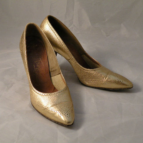 60s,Troylings,Gold,Spectator,High,Heel,Shoes,8,1960s, 60s, vintage, shoes, high heels, stilettos, Troylings, Seymour Troy, Mad Men, gold, metallic, spectator, spectators, pointy, leather, stacked heels