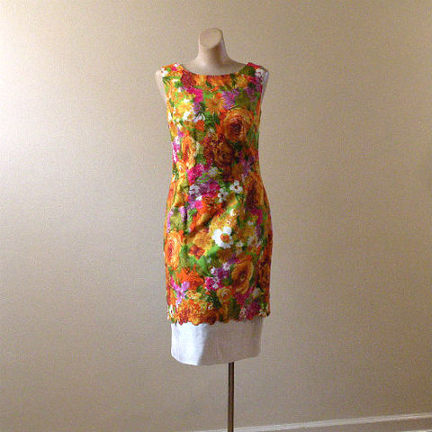 60s,She's,a,Lady,Floral,Dress,35b/30w,1960s, 60s, vintage, dress, party, spring, summer, Miss Ellen, Miami, floral, crisp, white, linen, church, dressy, embroidery, apron