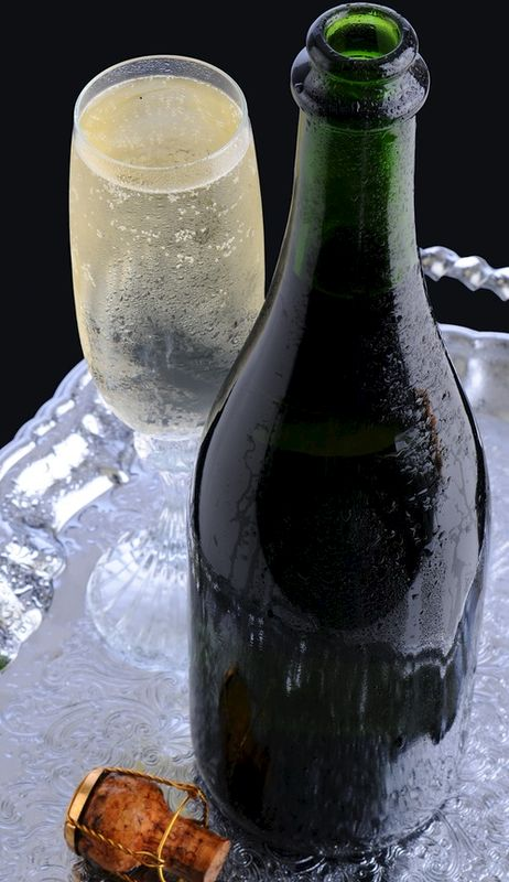 Champagne Masterclass - product images  of