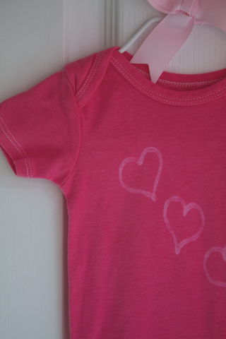 Simple,love,,three,hearts,onesie,Valentines_day,red,pink,baby,bodysuit
