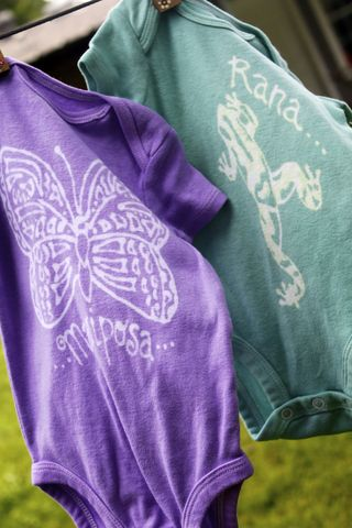 Mariposa/Butterfly,&,Rana/Frog,Gift,Set,-,hand,dyed,onesies,original,designs,Children,Clothing,onesie,frog, rana, gift set,butterfly,hand_dyed,dye_resist,baby_gifts,baby_shower,tropical, mariposa
