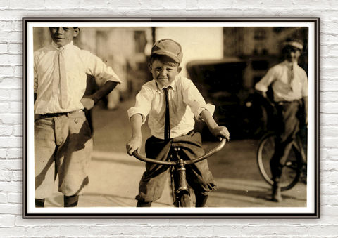 Lewis,Hine,JT,Marshall,,Western,Union,messenger,Houston,,Texas,,1913,western union,old photo , houston, texas, vintage photo, lewis hone, photographer, boy, north carolina, antique photo