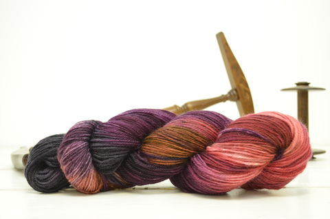 Doctor,Donna,~,Dr.,Who,Inspired,Yarn,yarn, Hand dyed, kettle dyed, Dr. Who, Doctor Donna, Companions