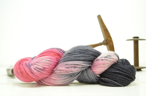 Bad,Wolf,~,Dr.,Who,Inspired,Yarn,yarn, Hand dyed, kettle dyed, Dr. Who, Rose Tyler, Bad wolf, Companions