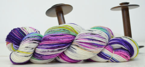 Buckleberry,Bramble,yarn, hand dyed, wool