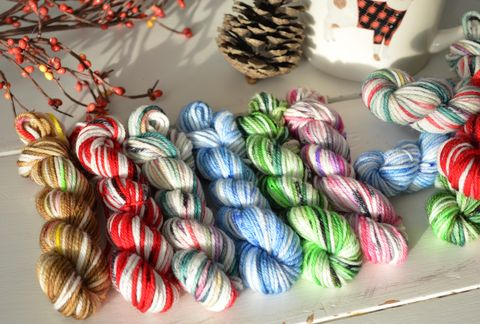 Happy,Holidays,Mini,Skein,Pack,mini skeins, minis, yarn minis, sample yarns , sample pack , sample skeins, christmas minis, holiday minis, Happy Holiday minis