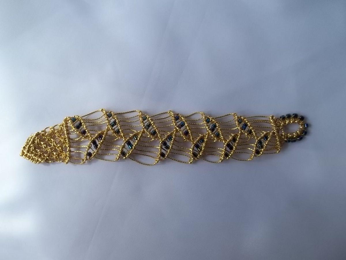 gold micro macrame bracelet with leaf pattern