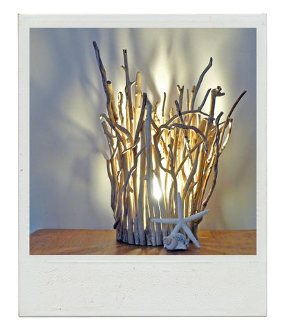Large,Driftwood,Twig,lamp,driftwood lamp, driftwood twigs, arranged in a crown, LED bulb, warm gloa, light shadows