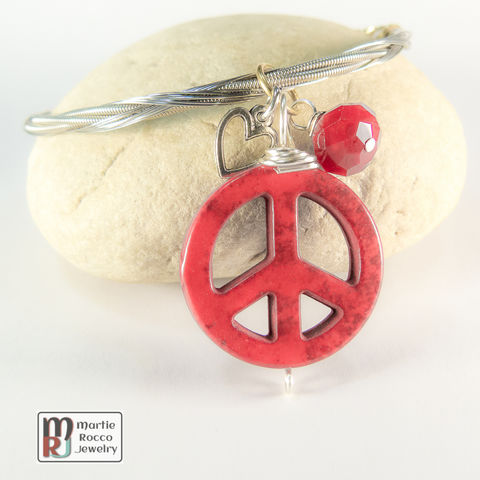 Guitar,String,Bangle,with,Red,Peace,charm,guitar string jewelry, guitar string bangle, peace, heart, charm, red