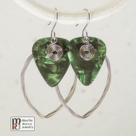 Guitar,String,earring,large,marque,shape,with,green,guitar,pick,guitar string jewelry, guitar string earrings, guitar pick earrings, guitar pick jewelry