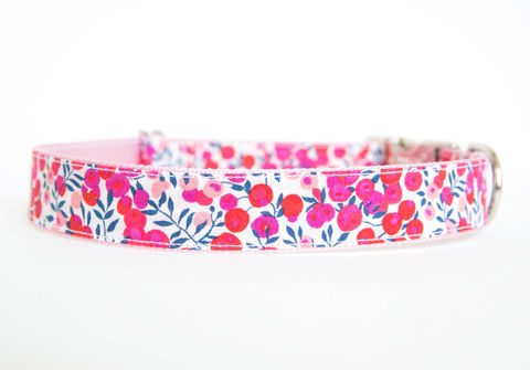 Liberty,of,London,Dog,Collar,-,Red,&,Pink,Berries,liberty of london dog collar, dog collar, southern dog collar, floral dog collar, pink, red