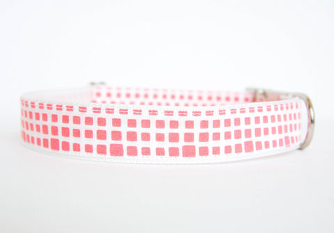 Happy,Racquet,Dog,Collar,in,Coral,plaid dog collar, dog collar, southern dog collar, check dog collar, coral