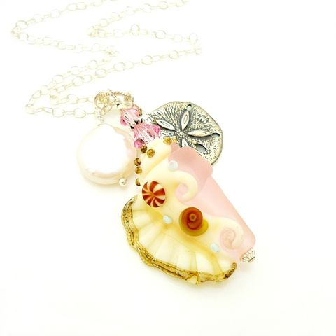 Pink,Conch,Shell,Charm,Pendant,Necklace,Handmade, Handcrafted, Beach, Necklace, Pink, Conch Shell