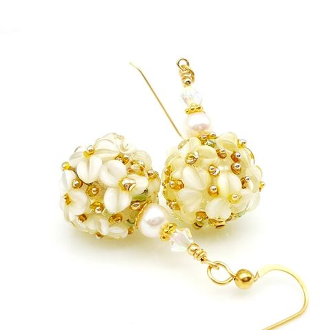 White,Floral,Pearl,Earrings, Cream, Ivory, Flower, Floral