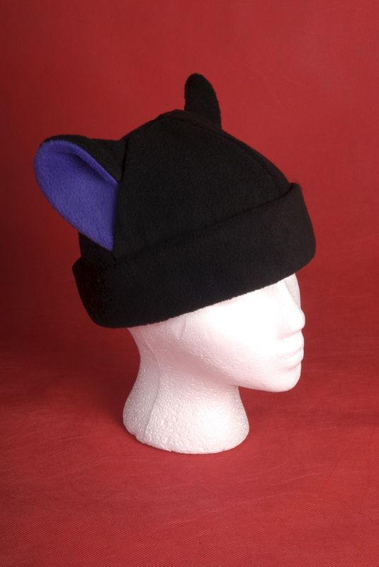 Kitty Cat Fleece Hat in Black / Purple - product image