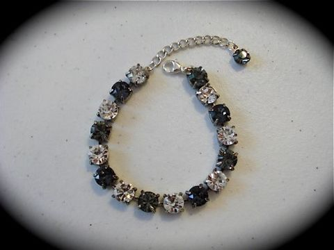 Swarovski,Smoky,Silver,Diamond,Cut,Bridesmaid,Tennis,Bracelet,Jewelry,Glass,rhinestone_bracelet,bridesmaid_bracelet,crystal_bracelet,bridesmaid_gift,Swarovski_bracelet,Tennis_bracelet,black_bracelet,grey_bracelet,black_rhinestones,Sabika,Silver_crystal,Sabika_bracelet,Sabika_jewelry,swarovski crystal,sterli