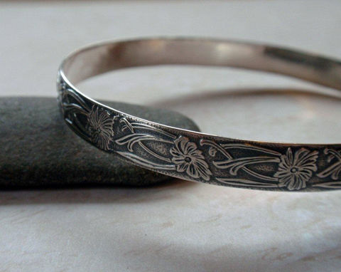 Art,Nouveau,Floral,Bangle,Oxidized,Sterling,Silver,Bracelet,Jewelry,art_nouveau_floral,art_deco_floral,floral_pattern,floral_bangle,silver_floral_bangle,sterling_bangle,sterling_silver,oxidized_bangle,oxidized_silver,floral_design_bangle,art_deco_pattern,art_nouveau_bangle,silver_patterned,sterling