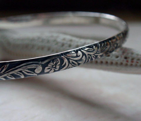 Floral,Patterned,Bangle,Oxidized,Sterling,Silver,Hawaiian,Flowers,Jewelry,Bracelet,floral_pattern,floral_bangle,silver_floral_bangle,oxidized_bangle,sterling_bangle,floral_design_bangle,silver_patterned,oxidized_silver,flower_pattern,flower_bangle,art_nouveau_pattern,hawaiian_bangle,silver_bangle,sterling silver