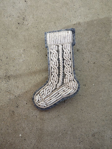 Hand,Embroidered,Ski,Sock,Brooch,brooch, pin, macon et lesquoy, embroidered, embroidery, silver, sock, ski, skiing, apres ski, gift, macon & lesquoy, hand embroidered, cable knit, knit, knitted