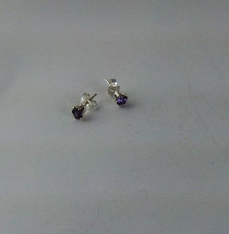 Purple,CZ,4,mm,sterling,silver,earrings,cz, cubic zirconia, stud earrings, silver, sterling silver, purple, woman's, gift, mother's day, graduation, bridesmaids