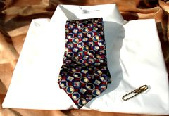 Pierre,Balmain,Vintage,Men's,Tie,In,Cranberry,Blue,And,Tan,men's tie, men's designer tie, Pierre Balmain tie, vintage men's tie, men's cranberry red blue and tan tie, men's silk tie, men's extra long tie, Pierre Balmain designer tie, Two Artisans Sisters