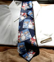 Christmas,Tie,With,Santa,And,Snowman,On,Dark,Navy,Background,tie, mens tie, Christmas, Corner Stone, Santa, Snowman, snow scene, dark navy blue, red, white, brown, Two Artisan Sisters