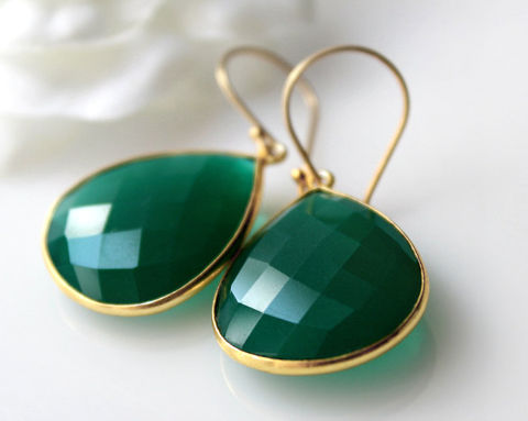 Medium,Green,Onyx,Dangle,Earrings,,Emerald,Bezel,Gemstone,,Gold,Vermeil,Drop,Fashion,trend,,Large,Teardrop,Jewelry,Earrings,green_bezel,green_gemstone,green_earrings,gold_vermeil,green_drop_earrings,green_emerald,dark_green_gem,emerald_green,large_green_onyx,Green_Teardrop_Stone,fashion_trend,bygerene,gerene,green onyx,gold vermeil