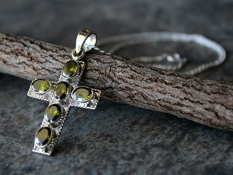Green peridot cross pendant necklace 925 sterling silver large green peridot cross pendant necklace 925 sterling silver large green cross olivine gemstone mozeypictures Image collections