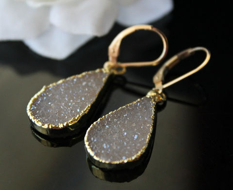 Beige,Druzy,Earrings,,Sparkling,Drop,Gold,Electroplated,Dangles,,Natural,Jewelery,Jewelry,Earrings,beige_druzy,druzy_drop_earrings,pear_shape,bygerene,natural_stones,gold_dipped_jewelry,electroplated,gold_druzy,beige_stone,natural_color_stone,druzy_earrings,beige_dangles,beige_druzy_earrings,Beige Druzy,14k gold filled