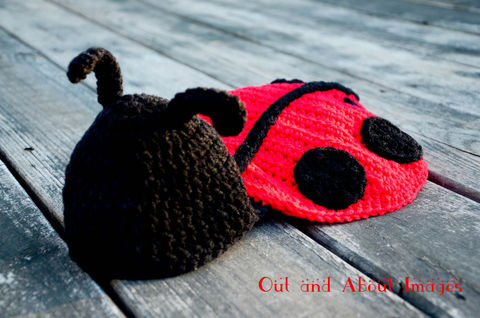 Lady,Bug,Set,Crochet,Clothing,lady_bug,red,black,girl,boy,photo_prop,cocoon,cape,newborn,infant,acrylic_yarn