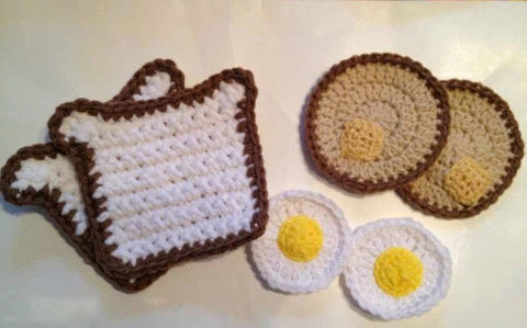 Crocheted,Breakfast,Food/Play,Food,Crochet,breakfast,toast,eggs,pancakes,butter,play_food,food,children,toys,kitchen,bacon,morning,toddler,acrylic yarn