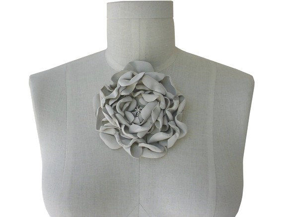 Leather flower brides brooch ivory mano bello leather flower brides brooch ivory mightylinksfo